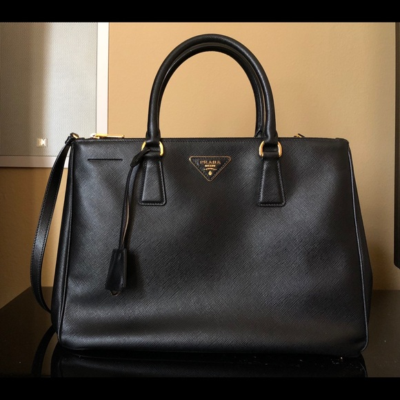 8b7d04a8dd08 Prada Bags | Medium Doublezip Executive Tote Bag | Poshmark